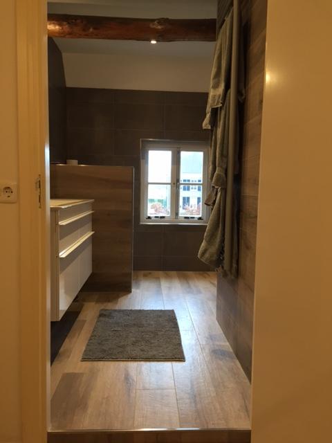 Badkamers | Lageschaar bv, Verbouw, Badkamer & Keukenmontage